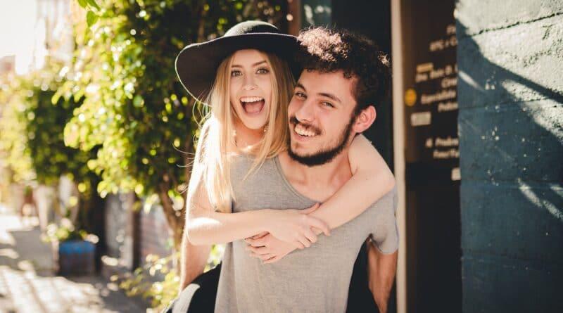 Die Liebe im Alltag stärken: 8 Tipps für eine glückliche Beziehung