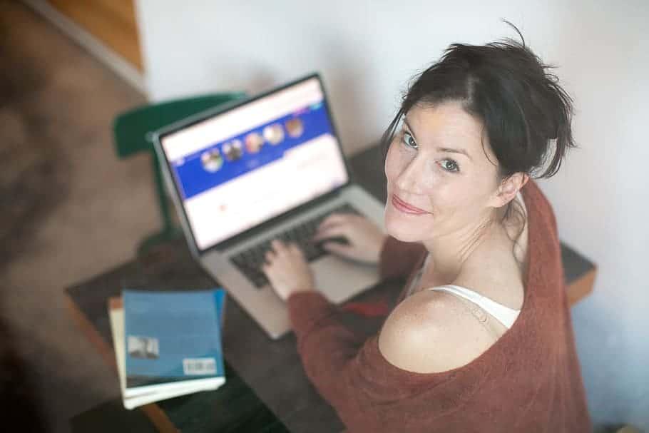 Laptop - Partnersuche